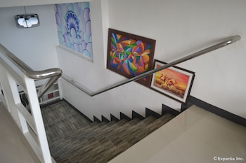 Pearl Suites - Staircase  - #0