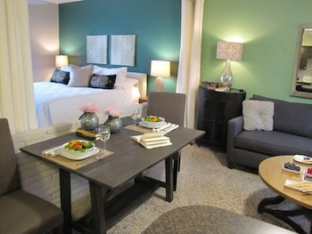 Wilton GetAway Two - In-Room Dining  - #0