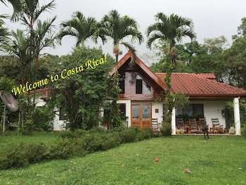 Photo for Chalet Nicholas B&B Costa Rica in Arenal