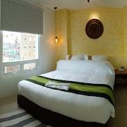 藍海精品旅館網飯店 (長灘島)