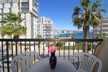 萊萬特海灘卡爾波海岸公寓飯店
