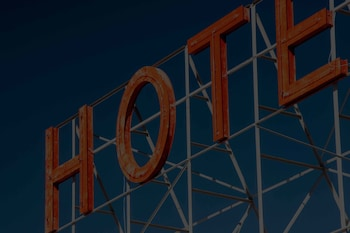 EQC Hotel 104 - Featured Image  - #0