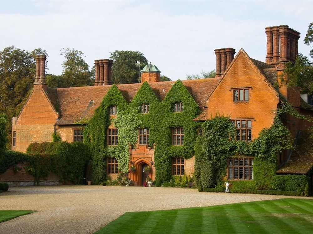 Woodhall Manor