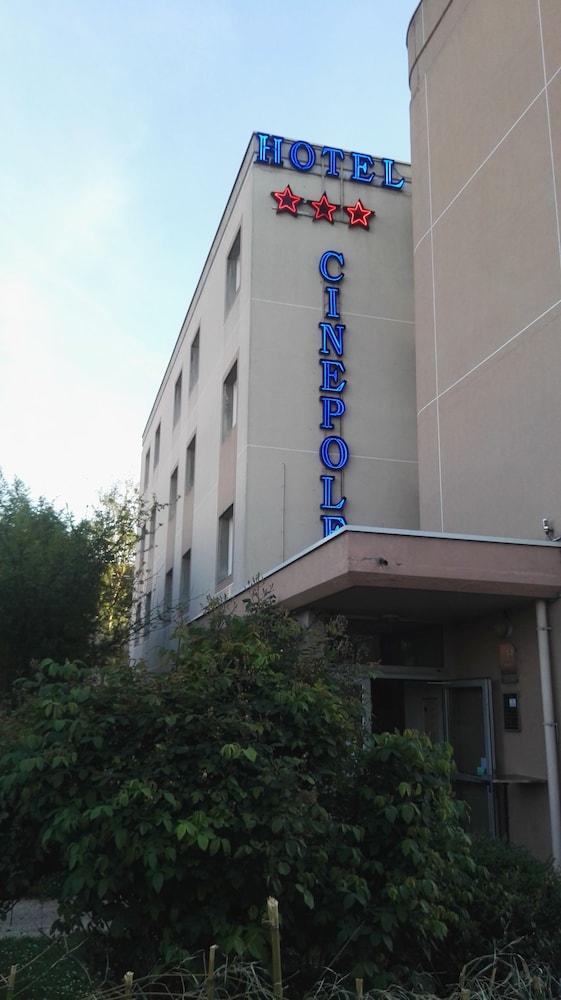 Hôtel Cinépole