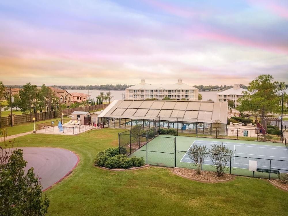 Holiday Inn Club Vacations Piney Shores Resort