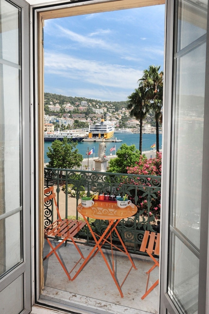 Le Splendida Harbor View - 5 Stars Holiday House