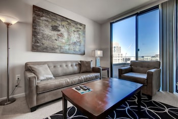 Global Luxury Suites at Villa Street in Mountain View, California