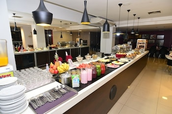 Panorama Tower Hotel - Breakfast Area  - #0