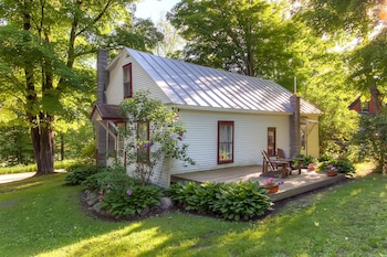 Photo for Bridgewater Country Cottage in Bridgewater Corners, Vermont