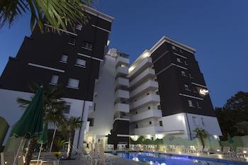 內洛達沃裡奧公寓飯店