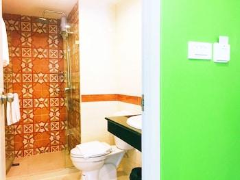 Patra Boutique Hotel - Bathroom  - #0