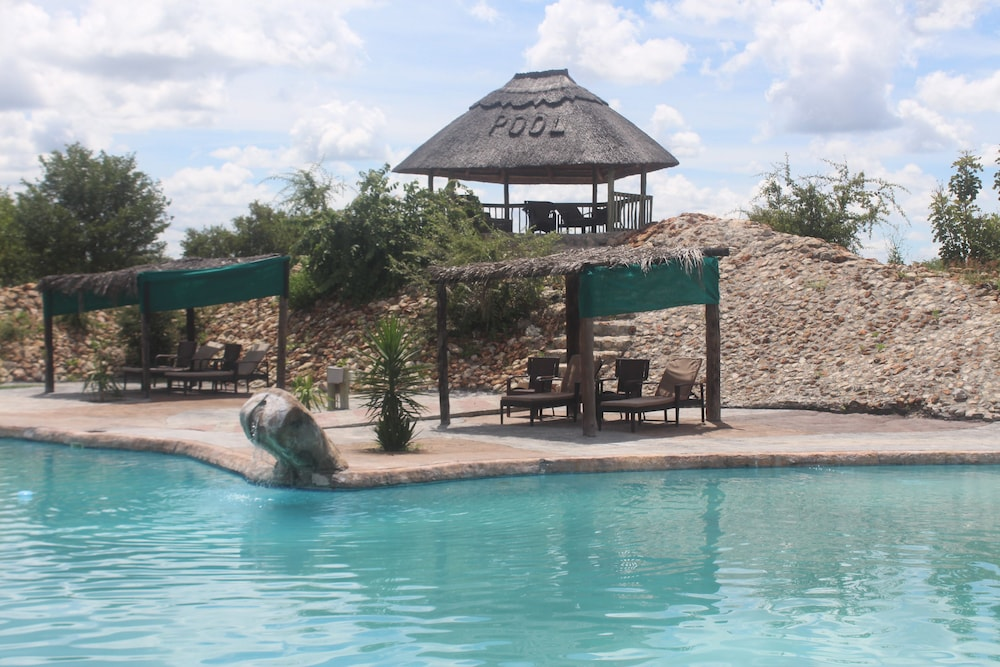 Pelican Lodge and Camping