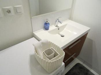 Un séjour à Nantes - Loft Cassard - Bathroom Sink  - #0