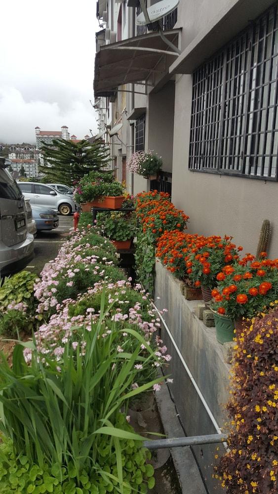 KPW at Royal Lily Apartment