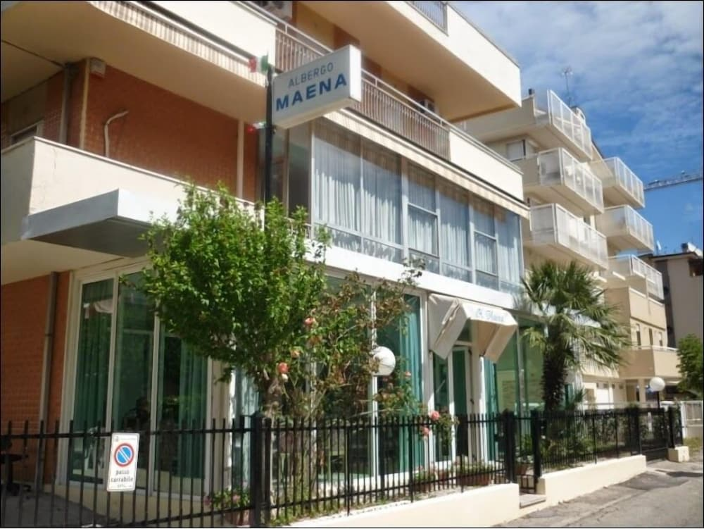 Hotel Maena
