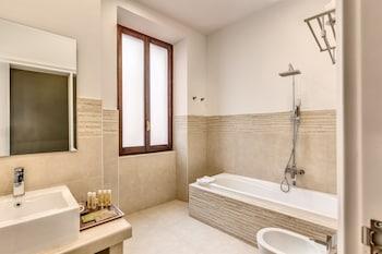 Hotel 87 Eighty-Seven - Bathroom  - #0