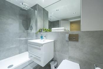 Union Bank Apartments - Bathroom  - #0
