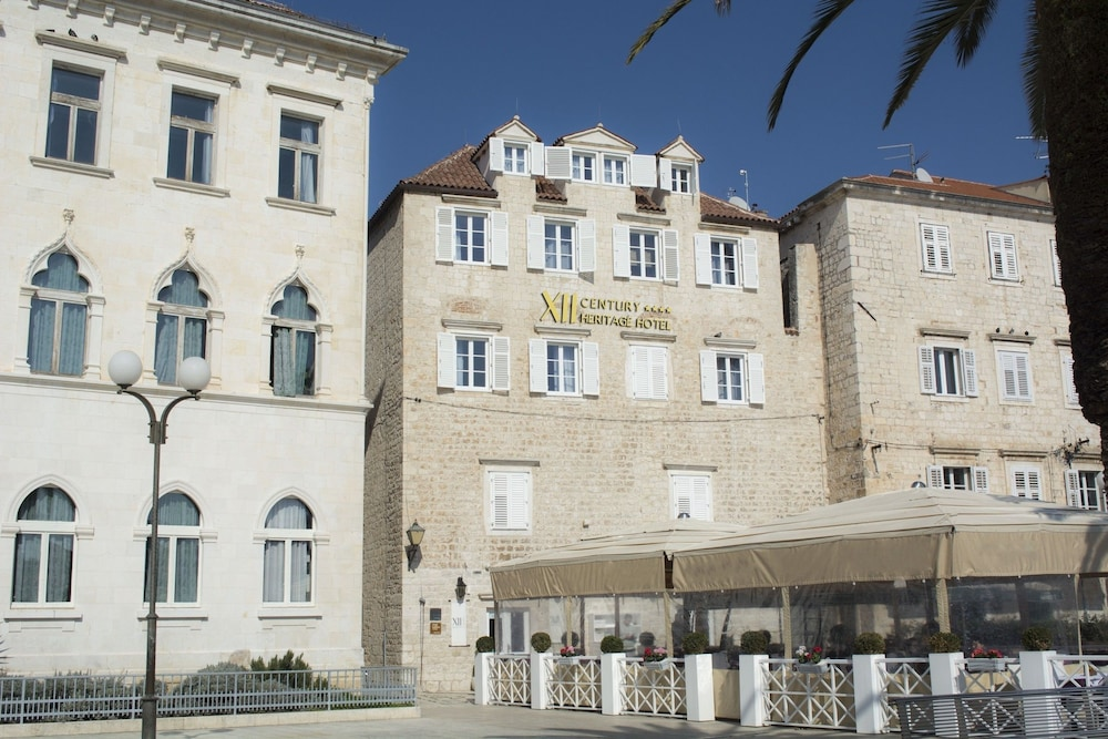 XII Century Heritage Hotel