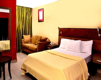 Royal Tropicana Hotel - Guestroom  - #0