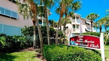 Anna Maria Island Club Unit 18 by RedAwning