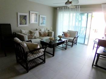 聖馬裡諾海灘多拉達公寓飯店