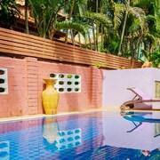 班卡尼薩 4 房私人泳池別墅飯店