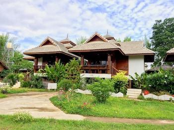 Photo for Pai River Villa in Pai