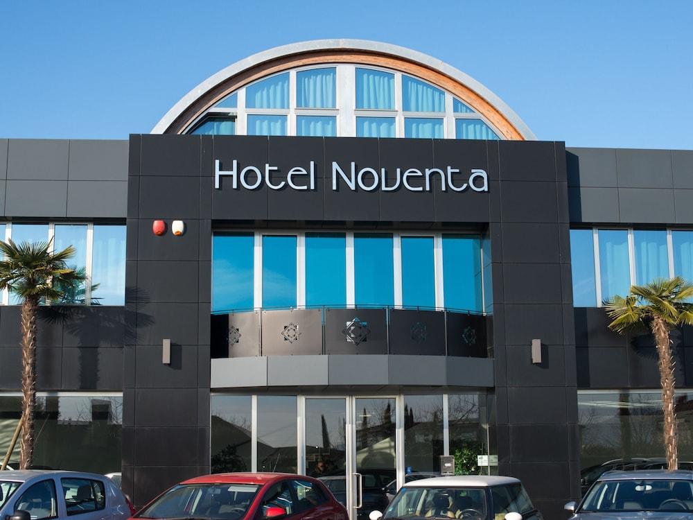 Hotel Noventa