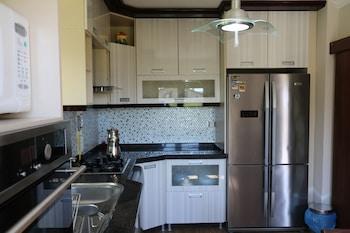 Asfar Villa - In-Room Kitchen  - #0