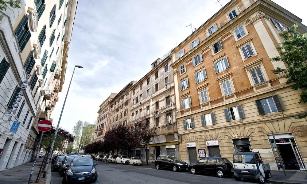 Tinkerbell Roma