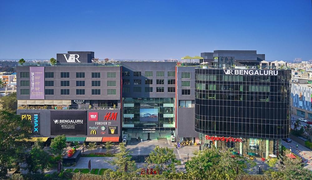 The Waverly Hotel & Residences