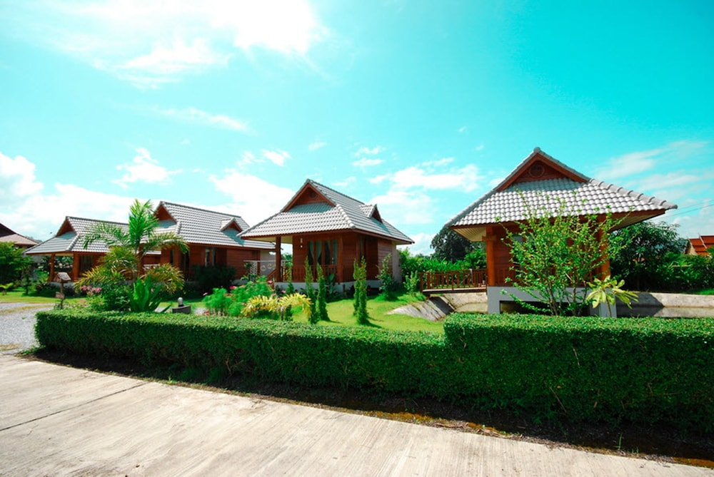 Blue Sky Pai Resort