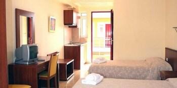 Summertime Inn - Guestroom  - #0