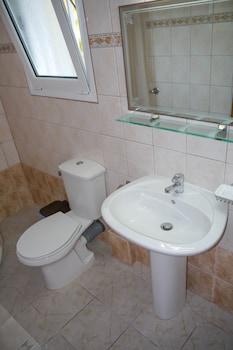 Tria Adelphia - Bathroom  - #0