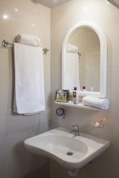 Hera Zakynthos Hotel - Bathroom Sink  - #0