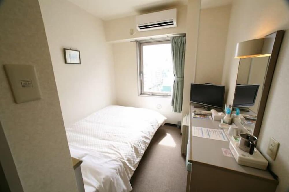 Kenchomae Hotel Abis Matsuyama