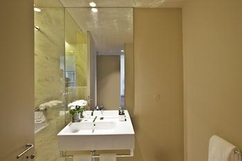 Lisbon Five Stars Apartments 8 Building - Bathroom  - #0