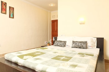 RedDoorz @ Mataram Kuta 2 - Guestroom  - #0