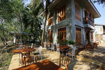 House of Passion Amphawa - Outdoor Dining  - #0