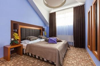 Emporio Prague Apartments - Featured Image  - #0