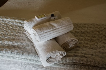 A Bed Above - Bathroom Amenities  - #0