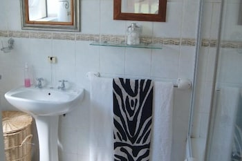 Mossel Bay Golf Lodge - Bathroom  - #0