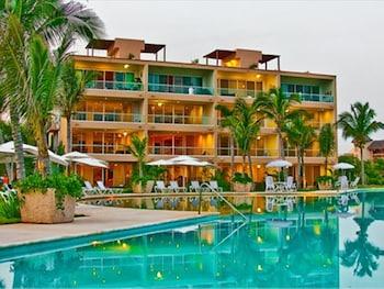 Puerto Aventuras 2 Bedroom 3 Br condo by RedAwning