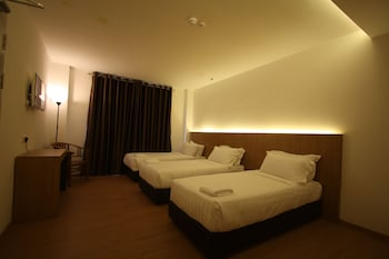 Place2Stay Business Hotel - Waterfront - Guestroom  - #0