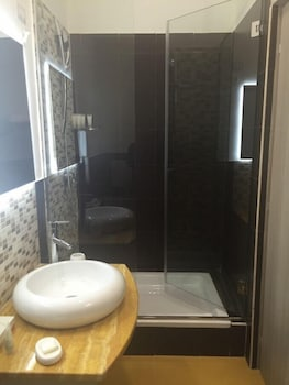 B&B Napolimilionaria - Bathroom  - #0