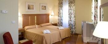 Termas de Cuntis Hotel La Virgen - Guestroom  - #0