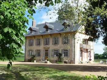Photo for Domaine de Savigny in Saint-Saulge