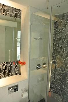 Zen Apartments - City Airport London - Bathroom  - #0