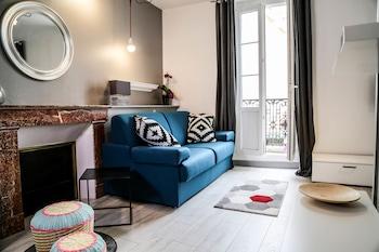比亞里茨海濱屹立開放式公寓飯店