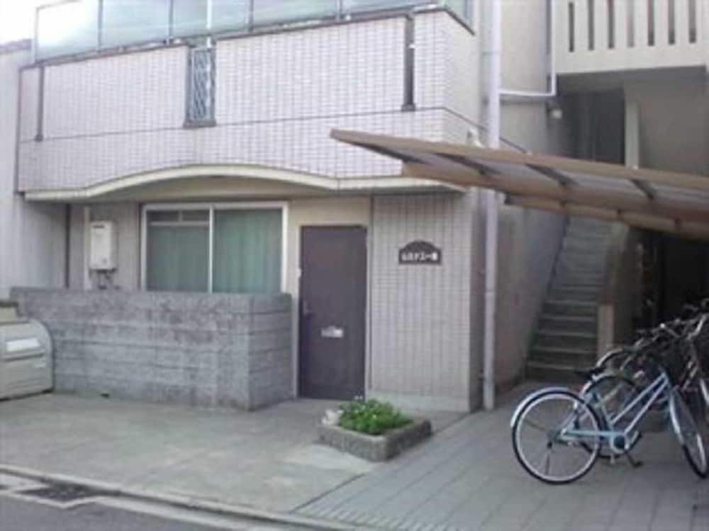 Daily Apartment House Nishijin Ivy